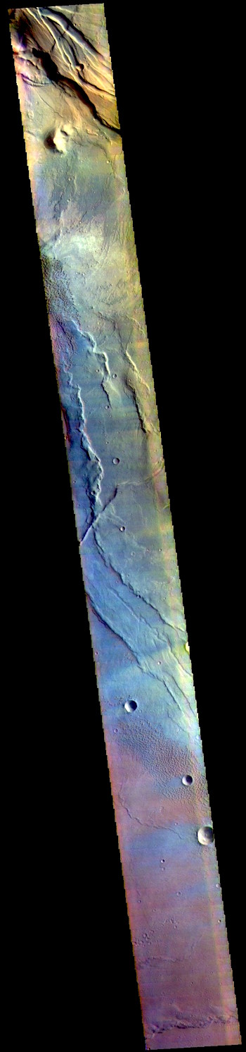 Syrtis Major Planum in false color (THEMIS_IOTD_20190405)