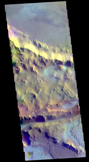 Mangala Fossa in false color