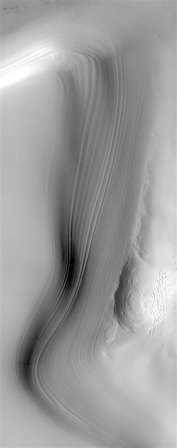 North polar ice cap layers (THEMIS_IOTD_20190722)