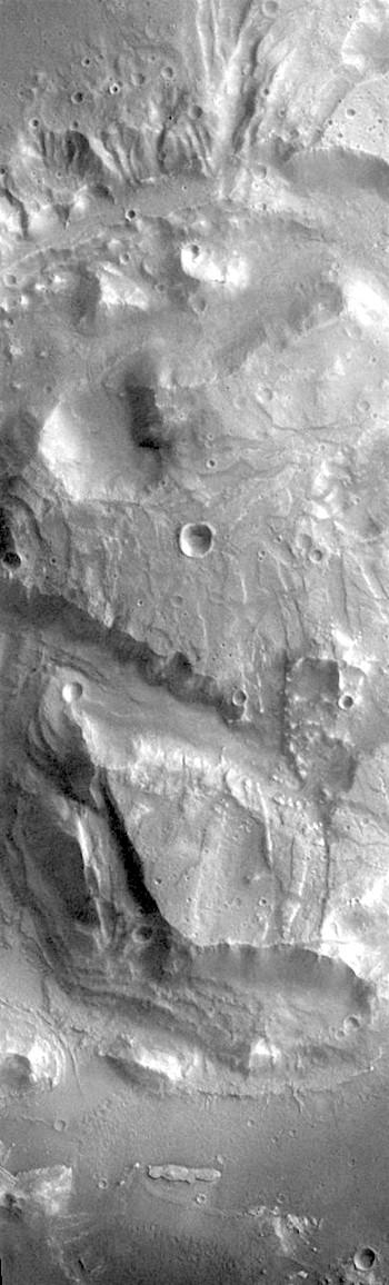 Unusual feature in Arabia Terra crater (THEMIS_IOTD_20190705)