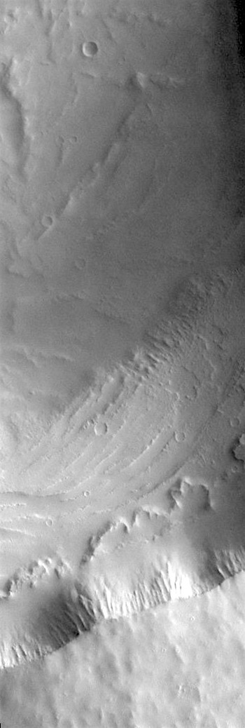 Biblis Tholus caldera (THEMIS_IOTD_20190821)